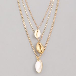Jewelry - NEW! Layered Cowrie Shell Charm Necklace Gold